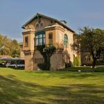 Hotel Pictures: Le Kempferhof Golf et Château-Hôtel, Plobsheim