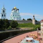 Kremlin View Apartment, Pskov