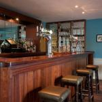 Hotel Pictures: The Bridge Inn, Ratho