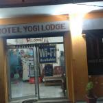 Hotel Yogi Lodge, Khajurāho