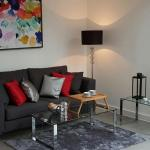 Gazzano Two Bedroom Apartment in Farringdon., London