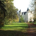 Hotel Pictures: Chateau de l'Oseraie, Chemiré-sur-Sarthe