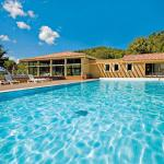 Hotel Pictures: Club Vacances Bleues Domaine de Château Laval, Gréoux-les-Bains