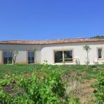 Hotel Pictures: Villa - Murviel-Les-Beziers, Causses-et-Veyran
