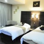 Hotel Alpine Continental,  Shillong