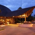Hotel Pictures: Cresta Mowana Safari Resort & Spa, Kasane