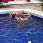 Hotel Pictures: Cabinas Fico, Puntarenas
