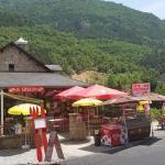 Hotel Pictures: Le Grillon, Les Vignes