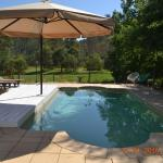 Hotellikuvia: Barney Creek Vineyard Cottages, Bigriggan