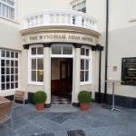 Hotel Pictures: The Wyndham Arms, Bridgend