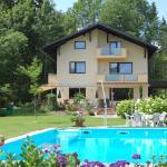 Hotelbilleder: Haus am Wald, Faak am See