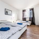 Hotel Pictures: Ferienwohnung Monheim, Monheim