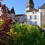 Hotel Pictures: Maison d'Hôtes La Tour Du Trésorier, Tournus