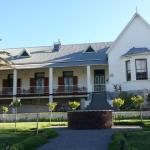 Moonlight Manor, Victoria West