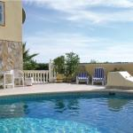 Hotel Pictures: Holiday home Campoamor, Villacosta