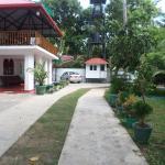 Mayura Rest Inn,  Tissamaharama