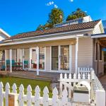 Foto Hotel: Sandy Corner - Cottage by the Sea, Avoca Beach