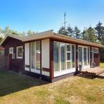 Hotel Pictures: Rødby Holiday Home 664, Kramnitse