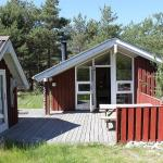 Hotel Pictures: Læsø Holiday Home 559, Østerby