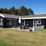 Hotel Pictures: Frederikshavn Holiday Home 470, Bratten Strand