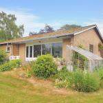 Hotel Pictures: Borre Holiday Home 696, Borre