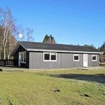 Hotel Pictures: Sæby Holiday Home 473, Lyngså
