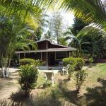 Hotel Pictures: Wooden Cabin Near To The Beach, Paquita