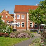 Hotel Pictures: Romantisches Geniesser Hotel Dübener Heide, Krippehna