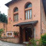 Hotel Pictures: Hotel Il Fienile, L'Aquila