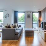 Eson2/Portobello Design new apartment!,  London
