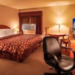 Hotel Pictures: Norsemen Inn, Camrose