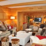 Hotel Pictures: Chalet Barnard, Champéry