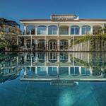 Sicilia's Residence, Acitrezza