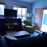 Hotel Pictures: Tyndalstone Lodge, Whistler