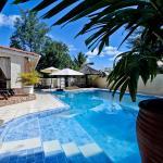 Carana Hilltop Villa, Glacis