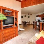 Hotel Pictures: Flamingo Marina Resort Condo 205, Playa Flamingo