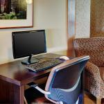 Hotel Pictures: Lakeview Inn & Suites Brandon, Brandon