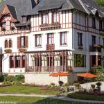 Hotel Pictures: Logis Bois Joli, Bagnoles de lOrne