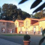 Hotel Pictures: Domaine de La Corbe, Bournezeau