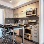 Pinnacle Suites - Luxurious 2Bed Condo, Toronto