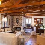 Memories Villa, Choudetsi