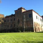 Castello Sannazzaro B&B,  Giarole