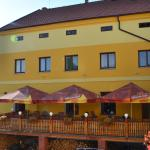 Hotel Pictures: Penzion Nad Hradbami, Žlutice