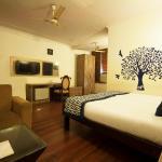 Golden Leaf Hotel, New Delhi