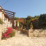 Kefala Traditional Houses,  Gonia
