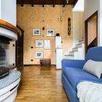 Hintown Wooden House,  Milan