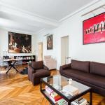 Parisian Apartment In Saint-Germain-Des-Pres, Paris