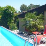 Hotel Pictures: Reni's Oase am Bodensee, Kesswil