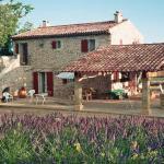 Hotel Pictures: hautes plaines, Saignon