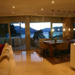 La Camelia - das Luxusferiendomizil mit Pool und Seesicht, Locarno